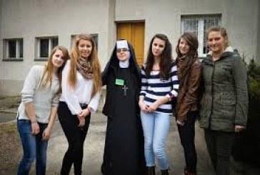 Jednodniowe rekolekcje dla młodzieży żeńskiej szkół gimnazjalnych i ponadgimnazjalnych Diecezji Bielsko-Żywieckiej