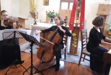 Koncert Tria Instrumentalnego w Ośrodku Edukacyjno Rekolekcyjnym w Jeleśni