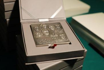Wręczenie medali 100-lecia Odzyskania Niepodległości